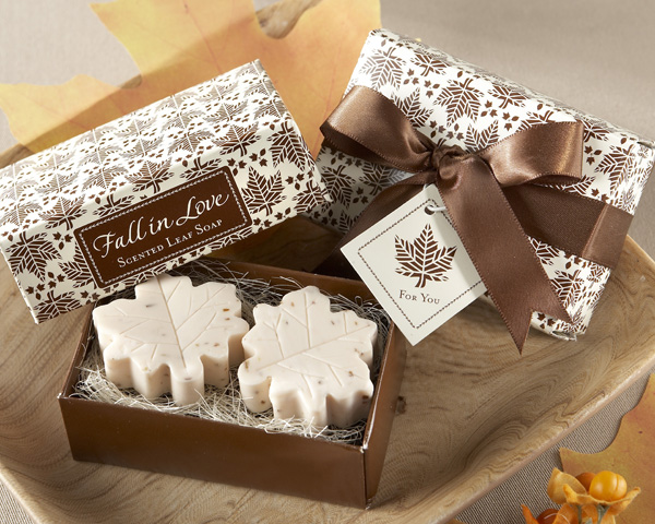 """Fall in Love"" Scented Leaf-Shaped Soaps"