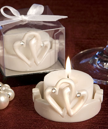 Interlocking Hearts Design Favor Saver Candles