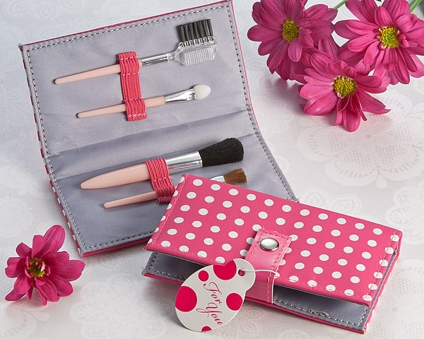 """Pretty in Pink"" Polka Dot Makeup Brush Kit"