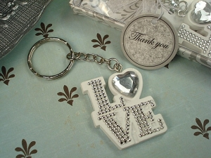 Deluxe keychain love design