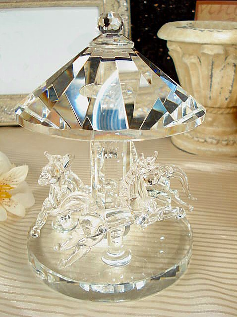 Large Crystal Carousel Centerpiece