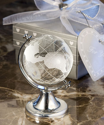 Choice Crystal Globe Party Favor