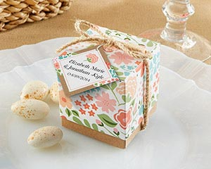 """Vintage Floral"" Favor Box (Set of 24) (Available Personalized)"