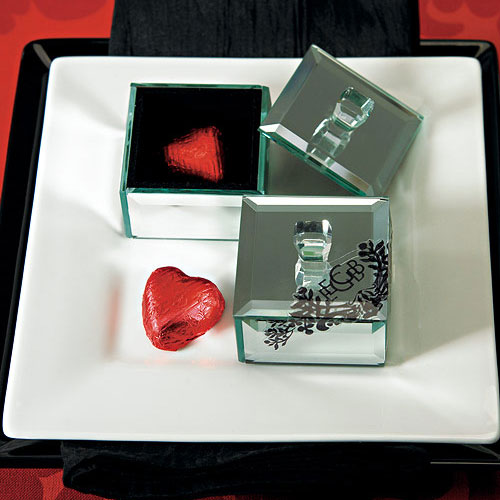MINIATURE BEVELED MIRROR BOX WITH LID