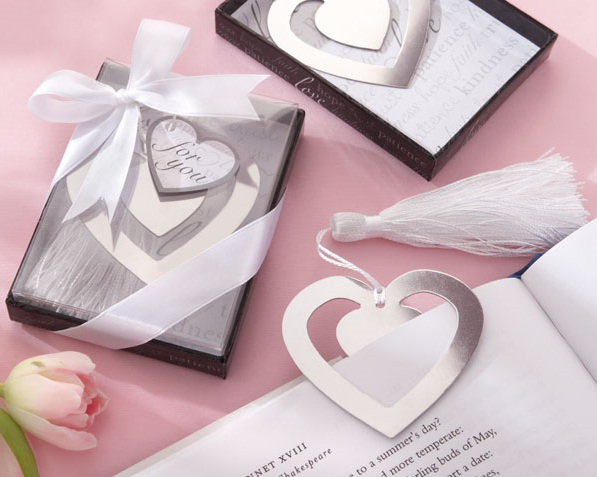 """Love Story"" Silver-Finish Heart-Shaped Bookmark with Elegant Silk Tassel"