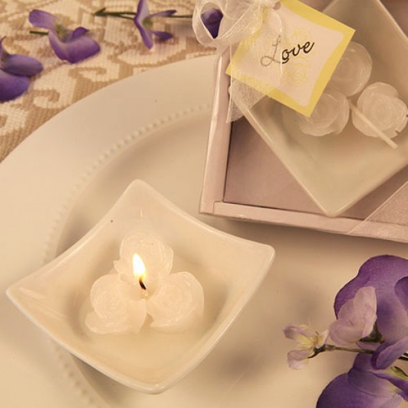 """LOVELY LITTLE ROSES""  CANDLES WITH TRAY"